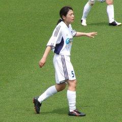 藤井奈々さん