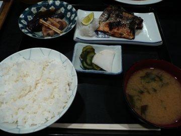 サバ塩焼定食@690円