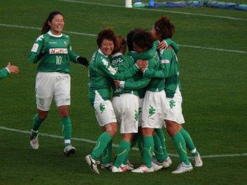 [全日本女子サッカー]TEPCOマリーゼ−日テレ・ベレーザ@西が丘
