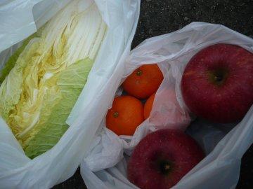 白菜、リンゴ、みかん