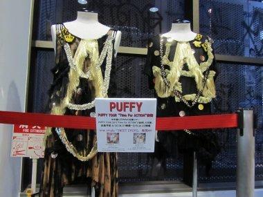 PUFFY TOUR 2011